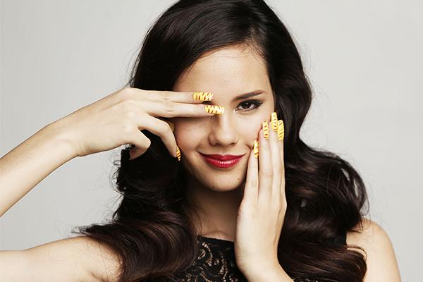 modeláž-gelových-nehtů